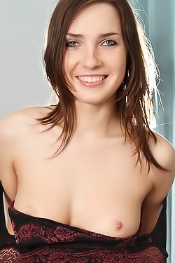 Yulianna Yulis Heat