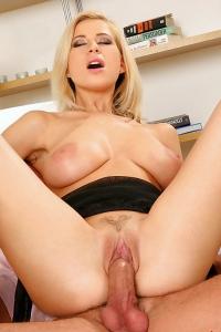 Blonde Anastasia De Vine's Tits Get Fucked Hard & Cummed