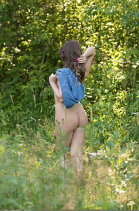 Brunette Teen Leda In The Nature