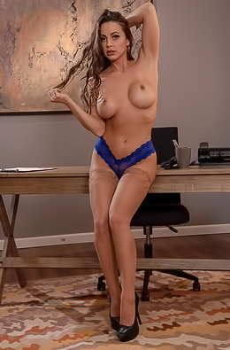 Famous Pornstar Abigail Mac Fucked And Facialized