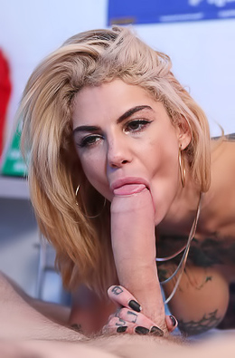 Bonnie Rotten Drilled Hard In All Her Holes