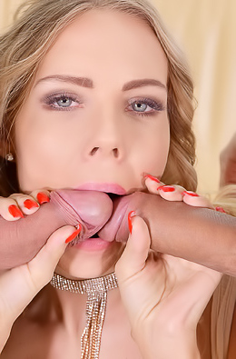 Florane Russell Bangs In Asshole And Pussy At The Same Time