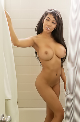 Shay Evans With Big Beautiful Tits Cum Covered