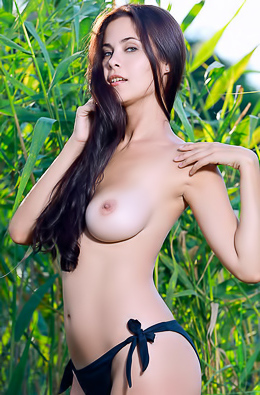 Cute Teen Martina Showing Ideal Tits