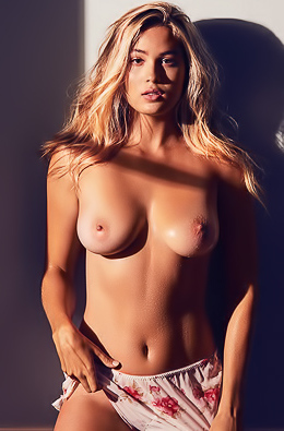Stunning Busty Blond Megan Moore